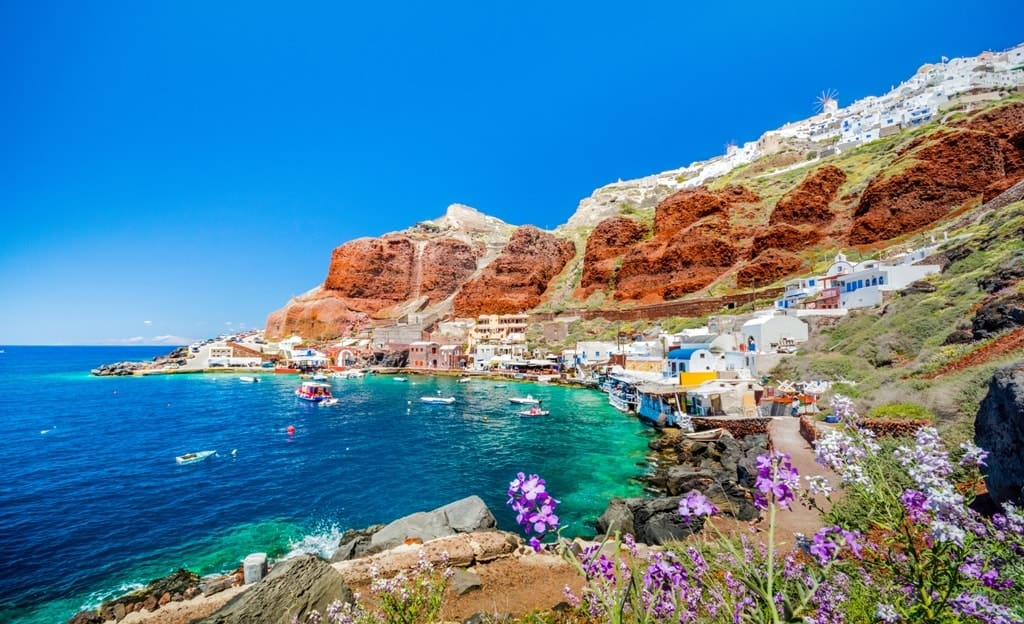 the-6-best-beaches-in-santorini
